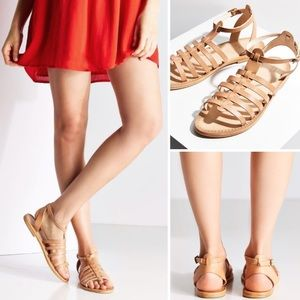 URBAN OUTFITTERS HONEY GLADIATOR STRAP SANDALS